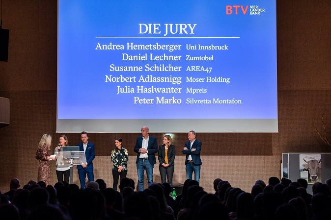 Jury_2.jpg